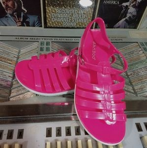 🆕NIB Hot Pink Jelly Sandals!